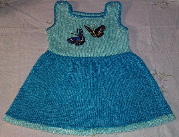 холода, а значит самое время связать для маленьких модниц красивое вязаное. вязаный сарафан для девочки спицами 2