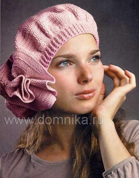 описание вязаной женской шапки спицами