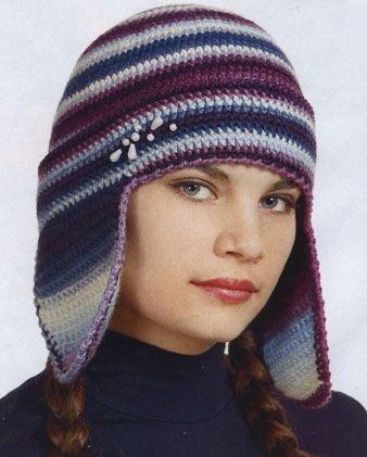 Вязаная шапка с ушками.