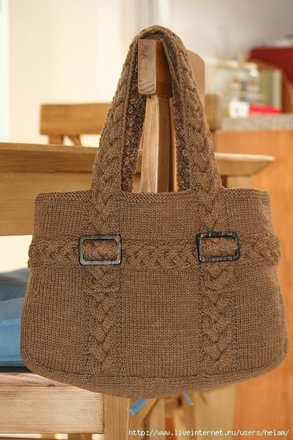 Красивая и вместительная вязаная сумка с аранами - рельефами и...