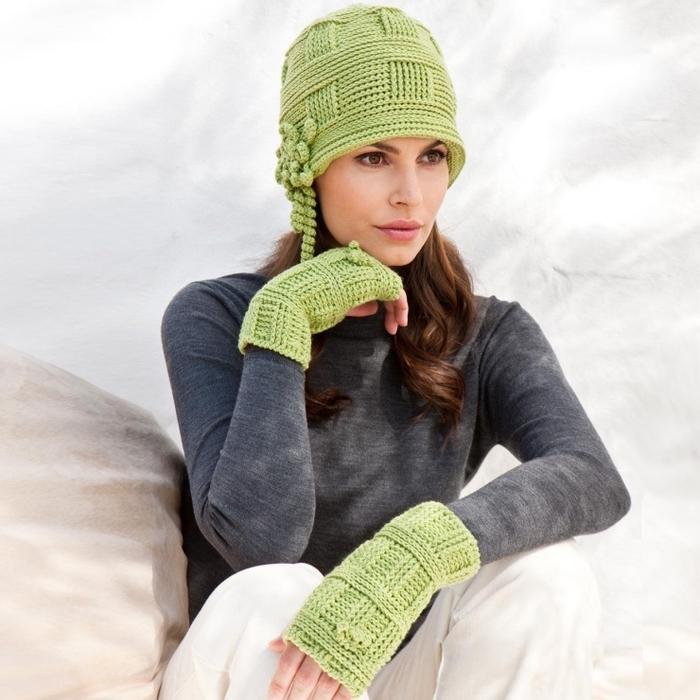 Зелёная шляпа крючком