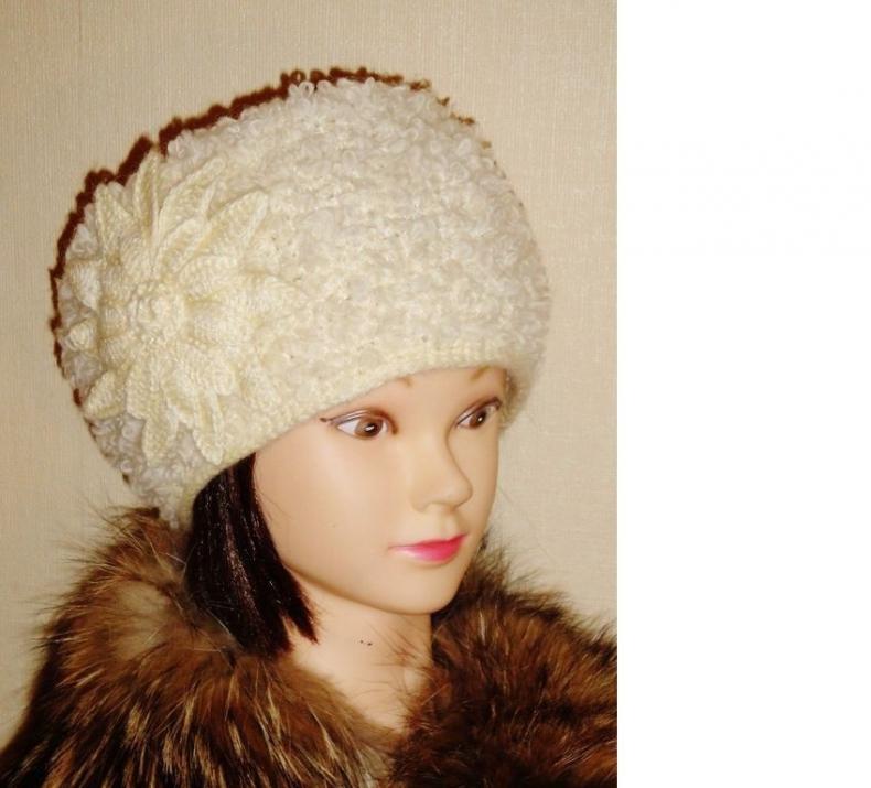 Вязаная шапка кубанка Пелагея
